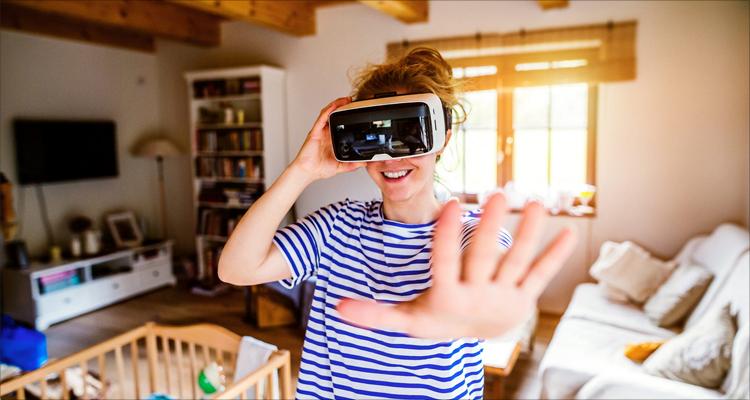 我赢职场杨乐谈布局,VR正在黎明之前 | 爱分析访谈